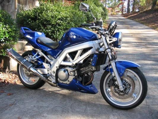 03 SV650N Blue/White