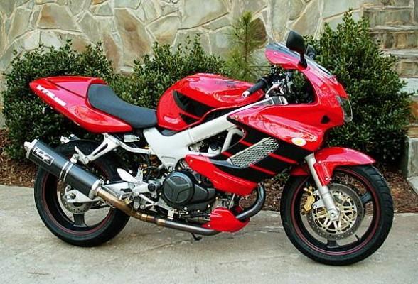 VTR1000 red/black